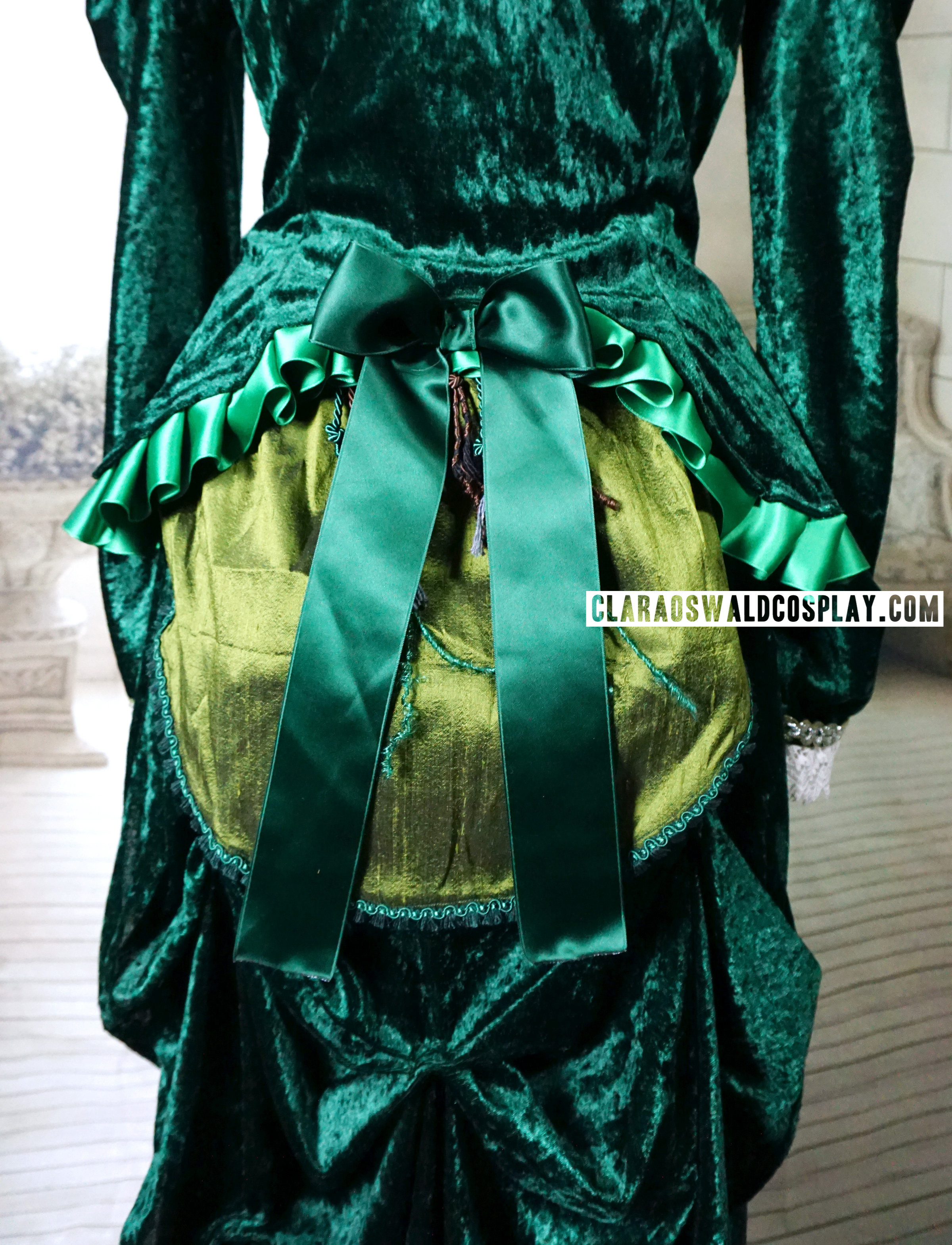 The bustle is the most striking part of Clara Oswald's Deep Breath Victorian Dress and the part I'm most proud of