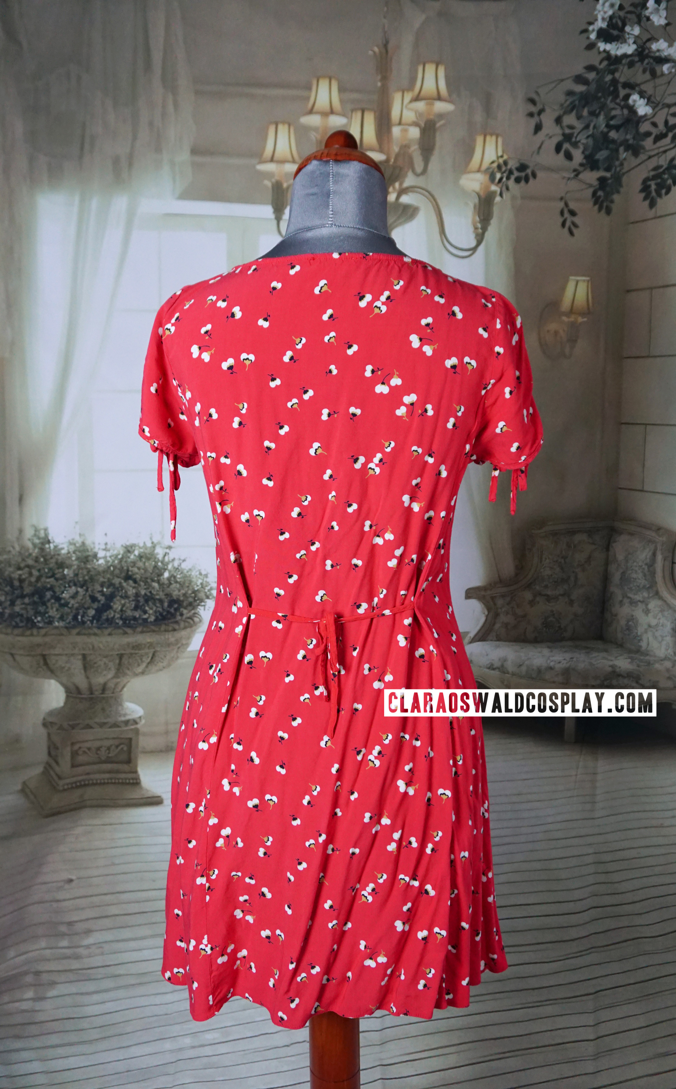 Back view of Clara Oswald's River Island Ditsy Dress